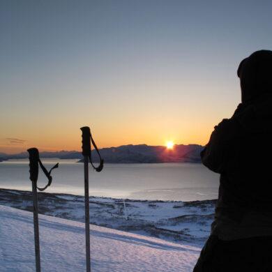 Skiing-in-Lyngen. Foto